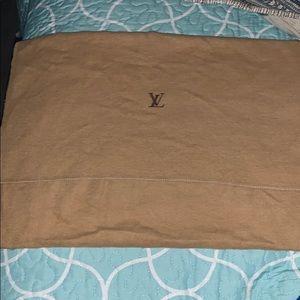Louis Vuitton Dust bag medium perfect condition